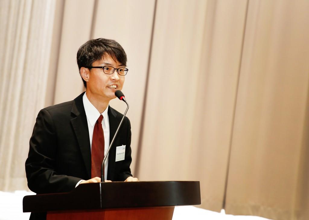 이번 워크숍을 주관한 김희령 UNIST 기계 및 원자력공학부 교수가 사회를 보고 있다. 김 교수는 'UNIST 원전해체융합기술연구센터'에서 원전해체 관련 기술을 꾸준히 연구하고 있다.