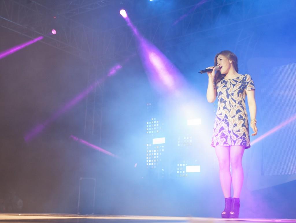 이번 축제에 초대된 가수, 손승연이 열창을 하고 있다. /사진:스튜디오 인감-정영광