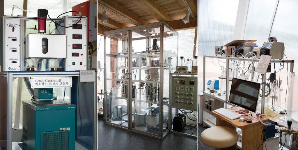 왼쪽부터 이산화탄소포집장치, 메탄-이산화탄소 분리 장치, 유기성폐기물 바이오가스화 장치의 모습 .   사진: 안홍범