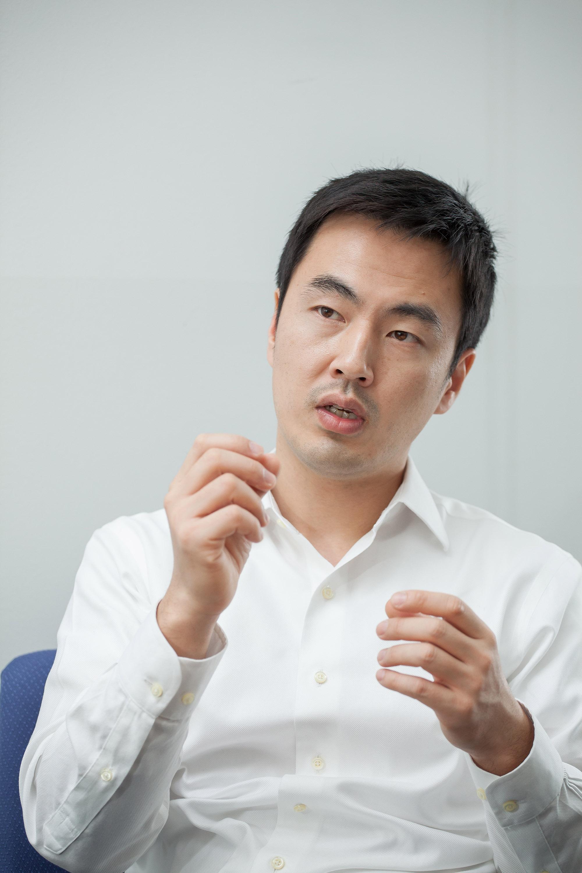 김 교수의 연구는 기계공학의 열전달, 생명과학, 재료과학 분야에 걸쳐 있다.   사진: 아자스튜디오 이서연