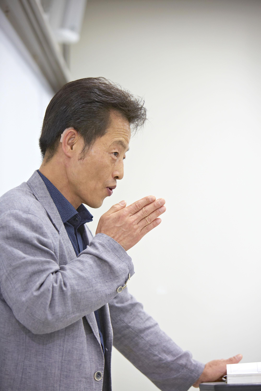 UNISTAR의 수화 강사, 이영호 선생님 | 사진: 안홍범