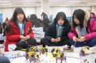 제6기-과학영재-멘토링에서-멘티-학생들이-체험학습에-참여하고-있다.jpg