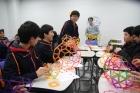 2013학년도-이공계-진로캠프에서-수업-중인-학생들.jpg