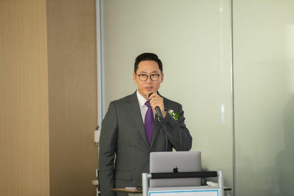 변영재 SMTRC센터장이 센터 소개를 하고 있다. | 사진: 김경채