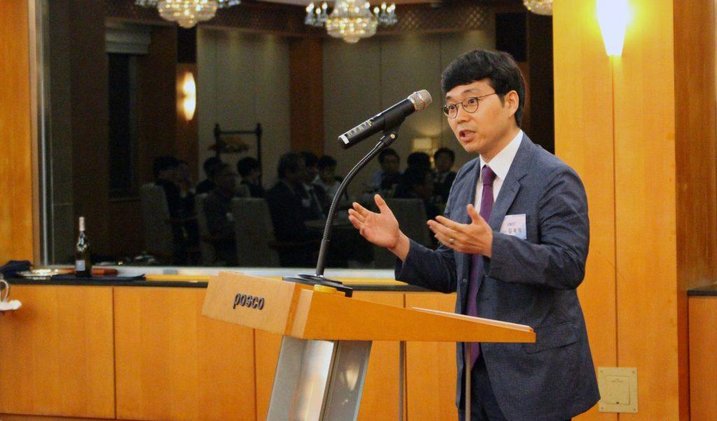 김재익 교수가 10월 11일 열린 청암 사이언스펠로 워크숍에서 발표하고 있다. | 사진: 포스코청암재단