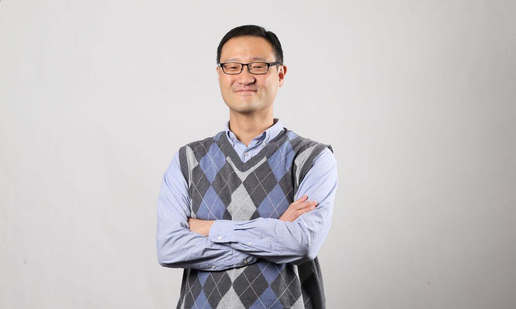 이자일 교수는 생물학에 물리학을 접목하는 생물물리 분야 연구자다. 분자 수준에서 DNA 손상 복구를 연구할 계획이다. | 사진: 김경채