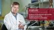 바르토슈 그쥐보프트키 자연과학부 특훈교수는 세계 최초로 다양한 자극으로 조종할 수 있는 나노입자 계면활성제를 만들었다. | 사진: 안홍범