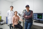연구진-사진-코필린-단백질의-발현-메커니즘을-밝힌-연구진_왼쪽부터-박동근-UNIST-연구원-최정현-POTECH-연구원-민경태-UNIST-교수.jpg