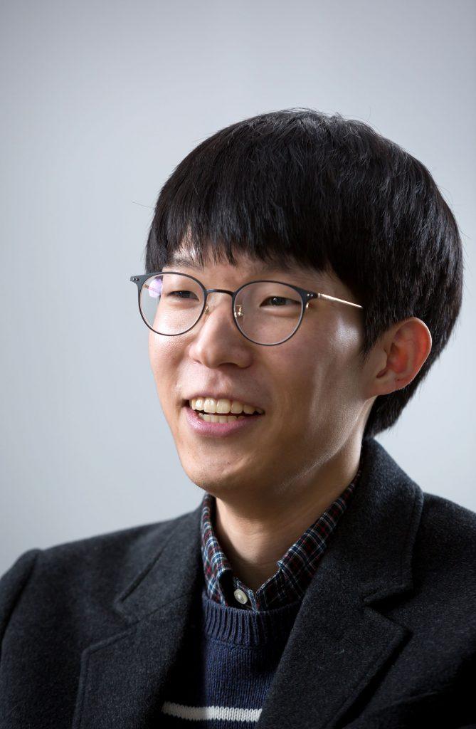 최수영 박사는 남들보다 빠르게 박사 학위를 받은 비결로 '재미'를 꼽았다. | 사진: 안홍범