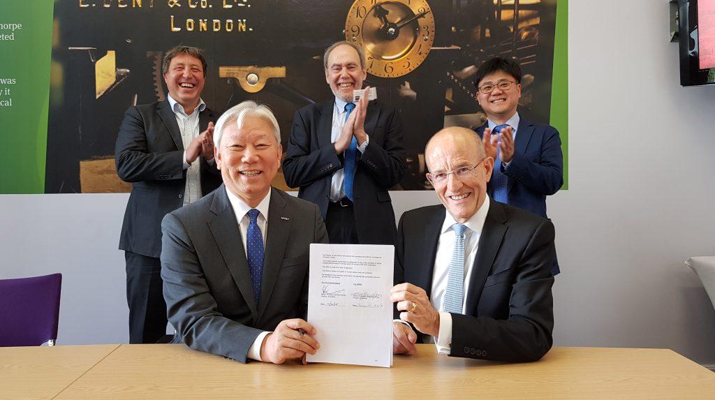 11일(월) 영국 런던에서 UNIST와 런던시티대가 교류협정을 맺었다. | 사진: 방기훈