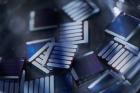 새로운-광활성층-물질을-개발해-제작한-고효율-유기-태양전지-소자의-모습.jpg