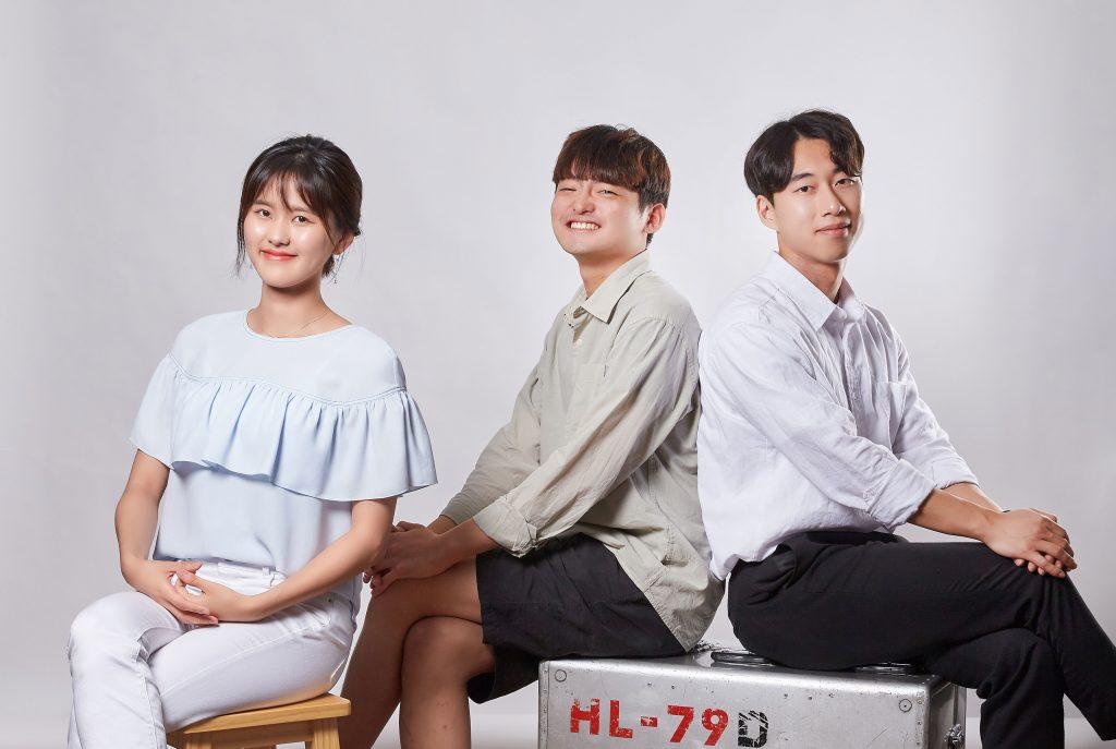 왼쪽부터 송현서, 김우석, 김명성 학생. 세 명의 학생은 탈모방지 밴드를 제안해 참가상을 수상했다. | 사진: 김경채