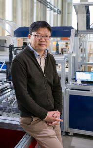 김덕영 교수는 UNIST에서 스마트 팩토리를 연구하고 있다. | 사진: 안홍범