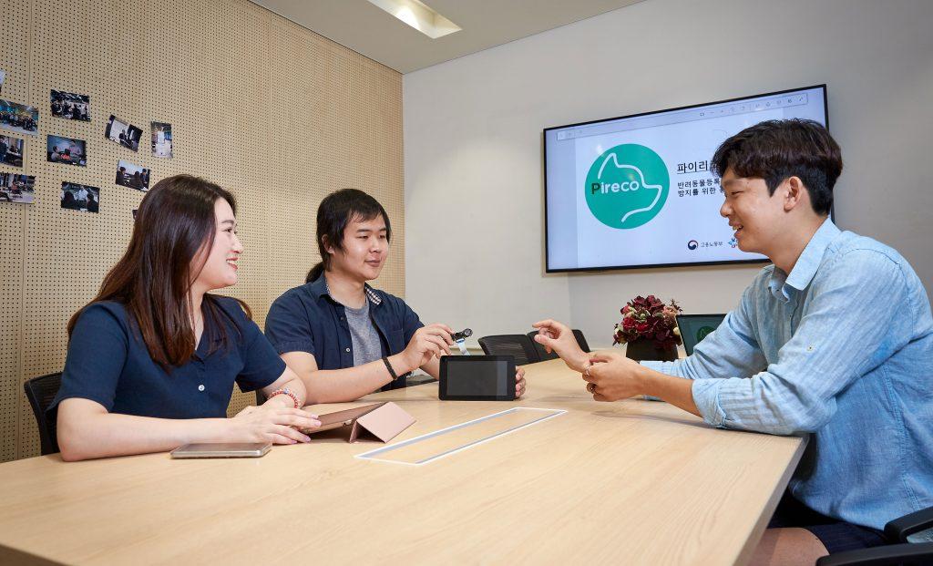 파이리코는 홍채 인식을 위한 기기와 딥러닝을 기반으로 한 시스템 개발을 동시에 진행하고 있다. | 사진: 김경채