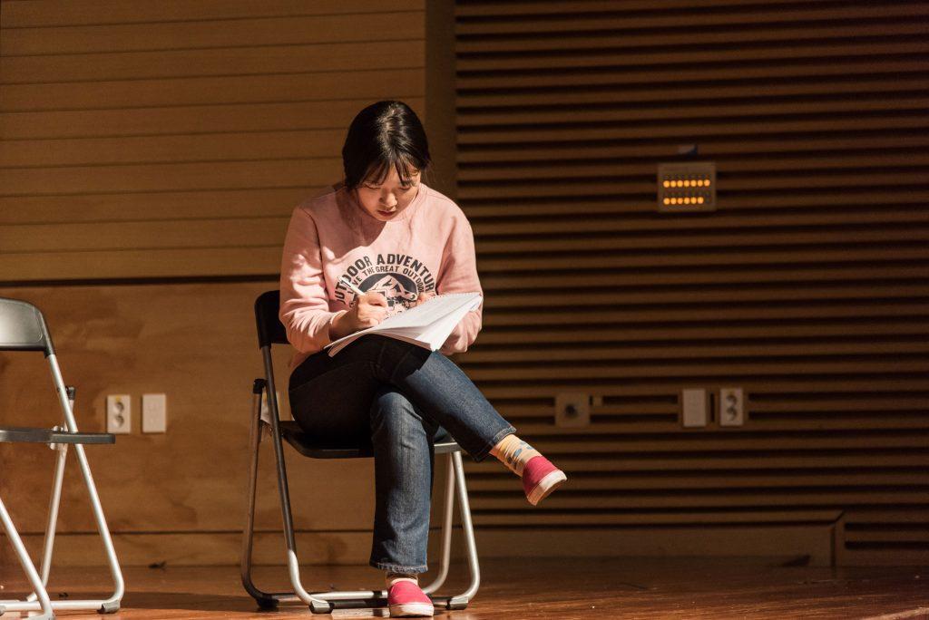 연극 연습 중인 김희 학생의 모습. | 사진: 안홍범