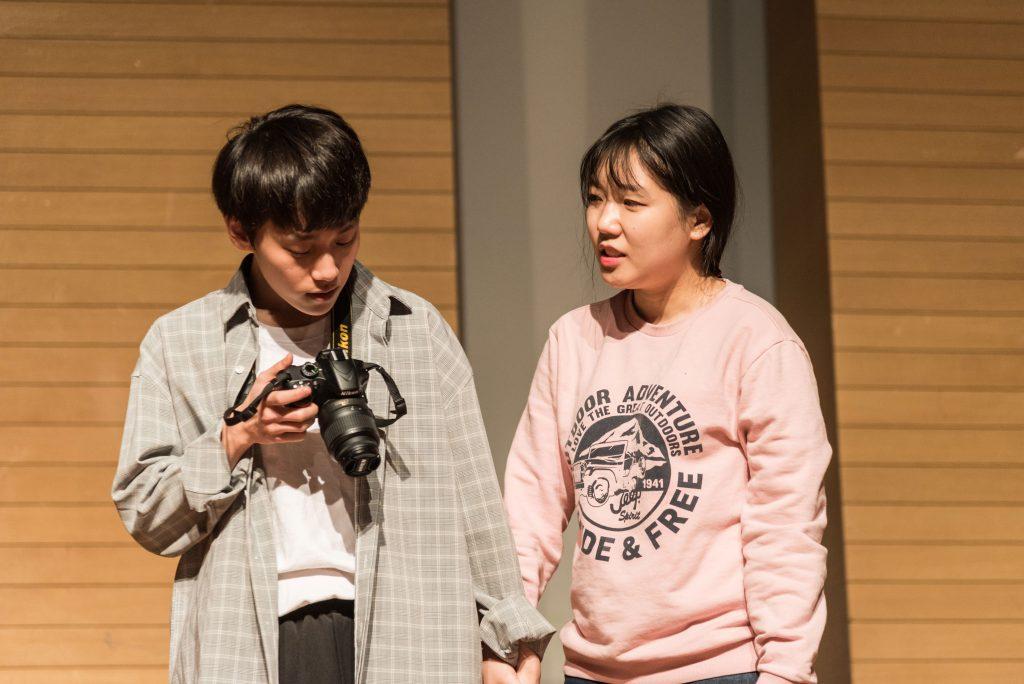 '우리집은 아들만 둘이에요' 공연 장면. 김희 학생은 이 연극을 통해 자신이 한층 더 성장했다고 전했다. | 사진: NEST 제공