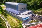UNIST-복합재료기술-연구센터-전경-2.jpg