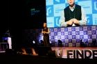 사진-정무영-UNIST-총장이-U-Finder-Day-참가자에-환영사를-전했다-1.jpg