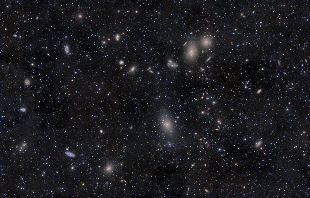 처녀자리 은하단의 모습. (201103_VirgoGCM_andreo 출처는 NASA)
