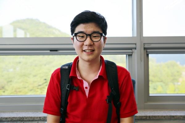 신건우 학생은 과학영재멘토링에 참가해 자신이 가진 재능을 울주군 학생들에게 나눴다.