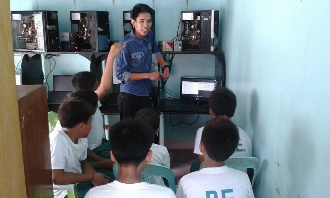 Elementary students of the Philippines, watching Mathematics video lectures, provided by Mr. Choukriya.