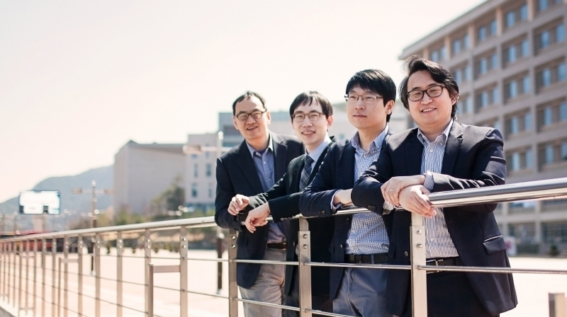 From left are Prof. Changhee Joo, Prof. Hyoil Kim, Prof. Kyunghan Lee, and Prof. Hyun Jong Yang from the School of Electrical and Computer Engineering.