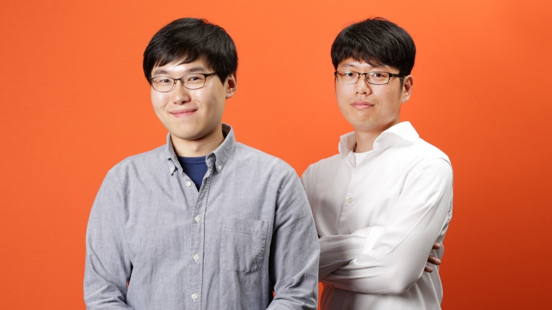 Shown are the recipients of Best Homework Award, offered by the 3rd KoPAS program. From left are Seongyeol Kim and Young Kuk Kim in the Department of Physics at UNIST.