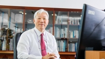 UNIST President Dr. Mooyoung Jung sits in his office at UNIST.