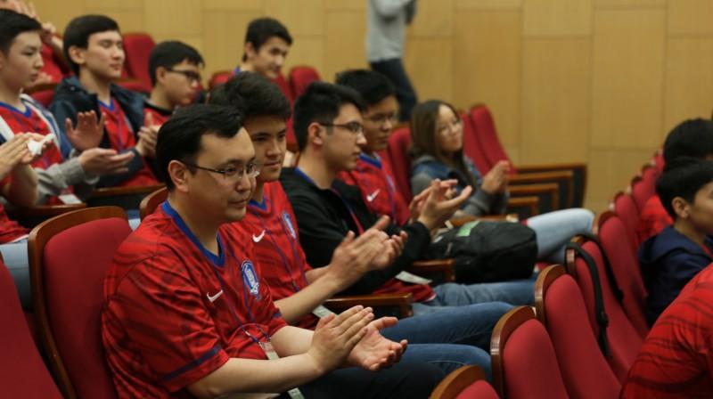 사이언스 캠프 개소식에 참여한 카자흐스탄 국제 올림피아드 대표 팀