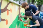 13일부터-2박3일간-공촌-마을-벽화-봉사-중인-UNIST-학생.jpg