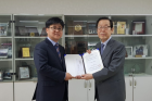 Headong-Science-Foundation-makes-500-million-won-donation.png