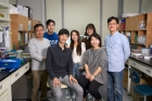 Professor-Jiyoung-Park-and-her-research-team-1-1.jpg