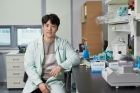 Jun-Ho-Lee-in-the-School-of-Life-Sciences-at-UNIST-2.jpg