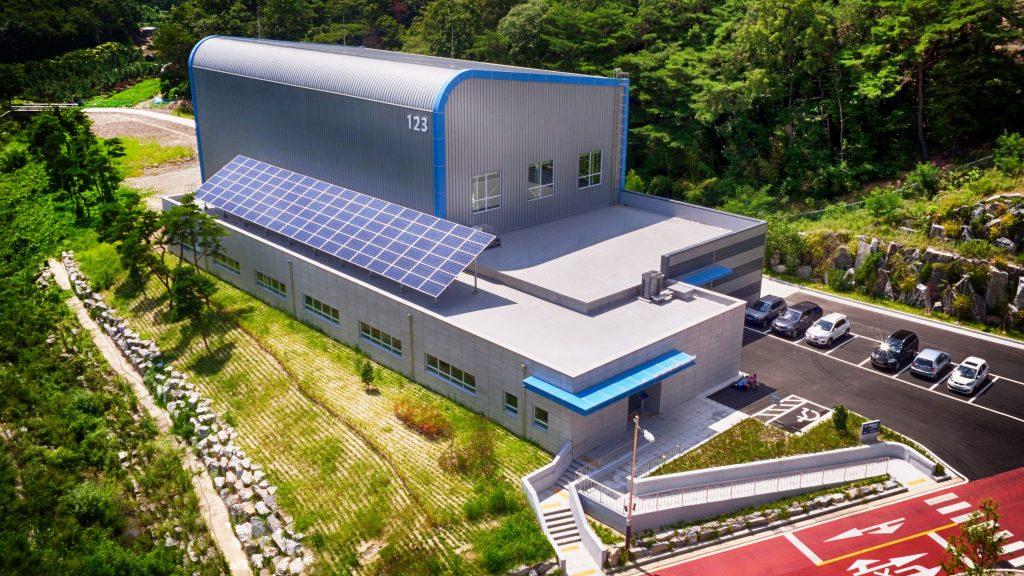 UNIST-복합재료기술-연구센터-전경-2