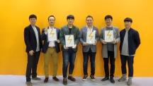 2016 스파크 디자인 어워드에서 수상한 인물들의 사진. 왼쪽부터, 안윤기 학생, 김차중 교수, 김정우 학생, 정연우 교수, 박영우 교수, 김재희 학생의 모습