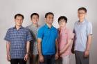 연구진-사진-왼쪽부터-유정우-교수-신동빈-연구원-자비드-무하마드-연구교수-박정민-연구원-백종범-교수.jpg