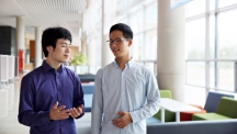KAIST student, Neyng In Jang (left) is walking down the campus with his younger brother, Han Rim Jang (right).