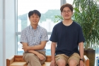 Professor-Gi-Hyoug-Cho-and-Minjun-Kim.jpg